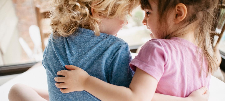 Bonding With Others | Parents' Corner | AptaNutrition AU