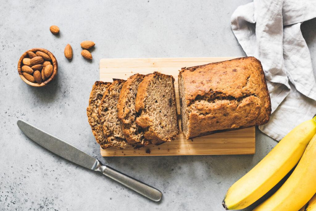 Forticreme Banana recipe: banana bread, gluten free, paleo by Nutricia