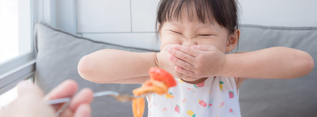 Why toddlers go through a fussy eating phase